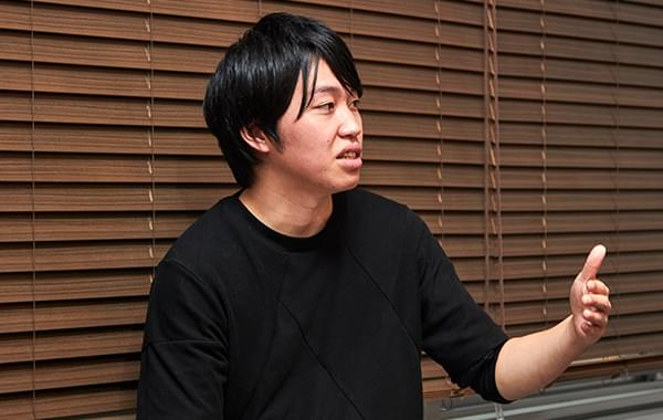 "<%= ""#{interviewee_name}さん(写真)"" %>"