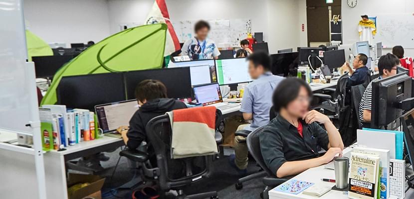 仕事場なのにとっても癒される! リブセンスのオフィスは木の温もりあふれる空間でした | ITエンジニア向け転職・就活
